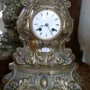 Часовник античен месингов с ключ