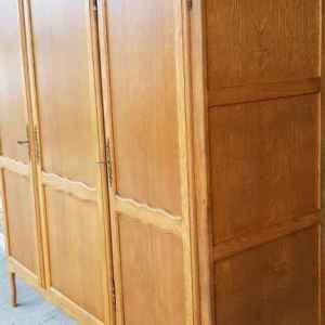 Гардероб стил Луи 14-ти с три врати – дъб, внос от Белгия