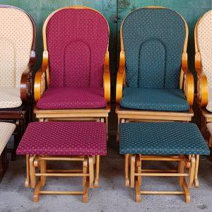 Люлеещ стол с лагерков механизъм, изключително безшумен и безопасен за околните – НОВ, в кашон, комплект с столче за крака със същото задвиждване – дъб, различен цвят на дамаската и дървото, внос от Белгия