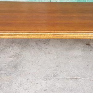Трапезна маса – овал