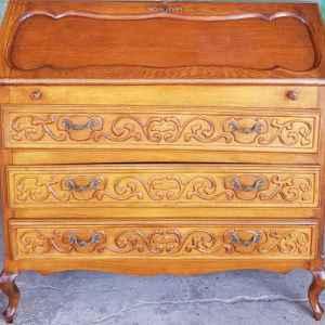 Писалище – бюро, стил Луи 14-ти