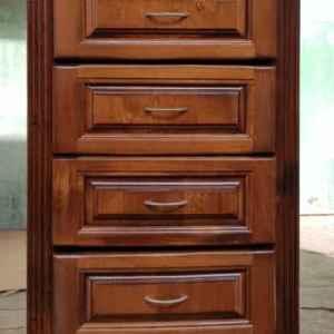 Шкаф с шест чекмеджетата