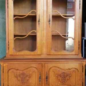 Витрина стил Луи 14-ти с четири врати