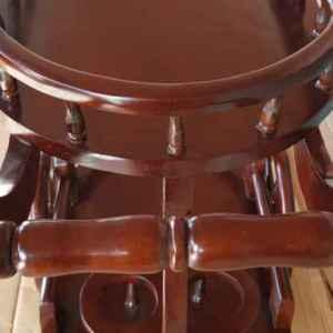Помощна подвижна количка – нова за сервиране и напитки