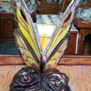 Лампа Тифани в класически стил, мотив-пеперуда,нова,внос от Холандия