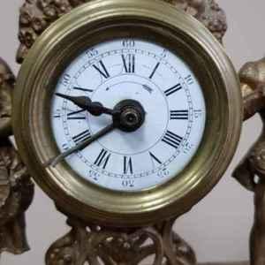 Античен-старинен часовник с два свещника, внос от Франция