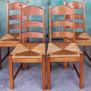 Трапезни столове  – комплект от четири броя,  дъб , плетена седалка от ратан