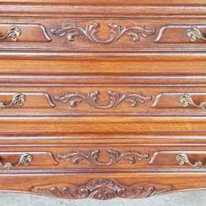 Шкаф стил Луи 14-ти с три чекмеджетата,  дъб-венге