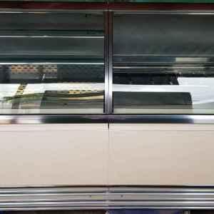 Хладилна витрина  – хоризонтална за магазин , внос от Белгия,  произведена в Италия
