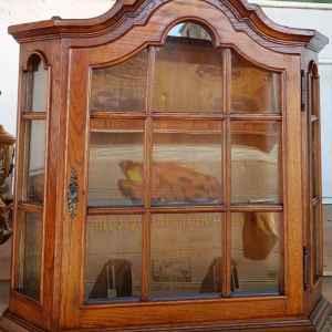 Стенно шкафче-витрина, дъб-стъкло, внос от Нидерландия