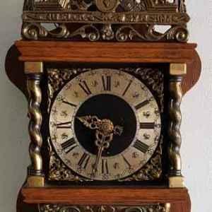 Стенен механичен часовник, производство Германия.