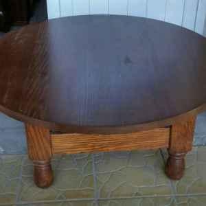 Холна маса с четири крака, кръгла, дъб