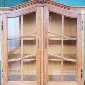Комплект трапезария стил Луи 14-ти, дъб-масив,  внос от Белгия