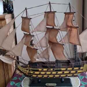 Макетен класически кораб от дърво, HMS VICTORY,  внос от Нидерландия.