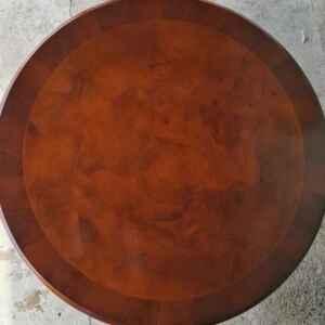Холна маса, кръгла от птичи явор и дъб,  внос от Нидерландия