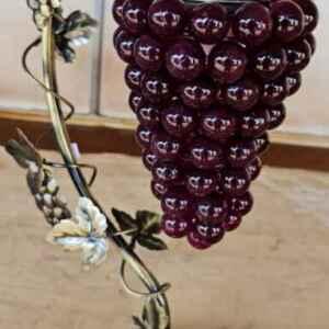 Настолна лампа,  мотив грозде в червена светлина,  внос от Белгия.