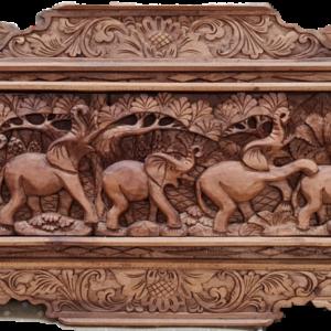Дърворезба с мотиви от животни от дърво-махагон