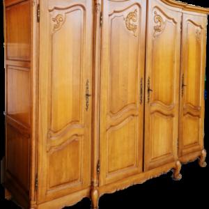 Гардероб от дъб в стил Луи 14-ти с четири врати внос от Белгия