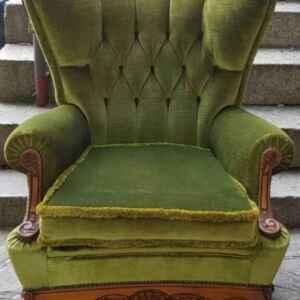 Холова гарнитура в стил Луи 14-ти , дъб-дамаска в топ-състояние комплект от диван 3-ка и два броя фотьойли,  внос от Белгия.