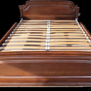 Спалня от дъб в комплект с подматрачни рамки внос от Нидерландия.