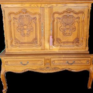 Шкаф в стил Луи 14-ти от дъб за напитки и др., внос от Белгия