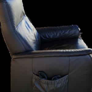 Фотьойл-релакс с дистанционно електрическо задвижване от естествена кожа внос от Нидерландия.
